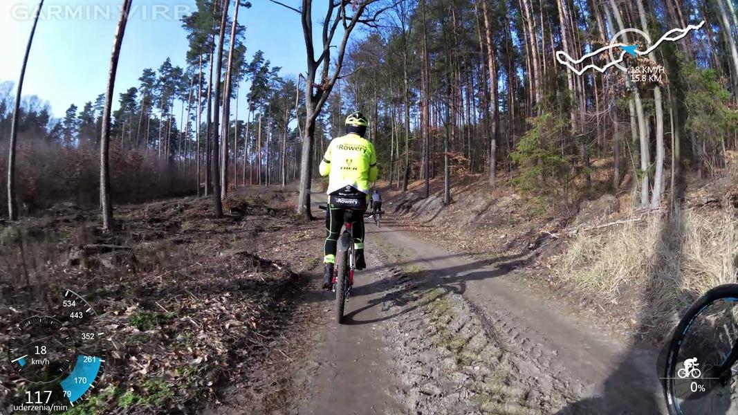Zapachniało wiosną – odkurzyliśmy rowery szosowe, pokręciliśmy po lesie, ale i też pobiegaliśmy :)