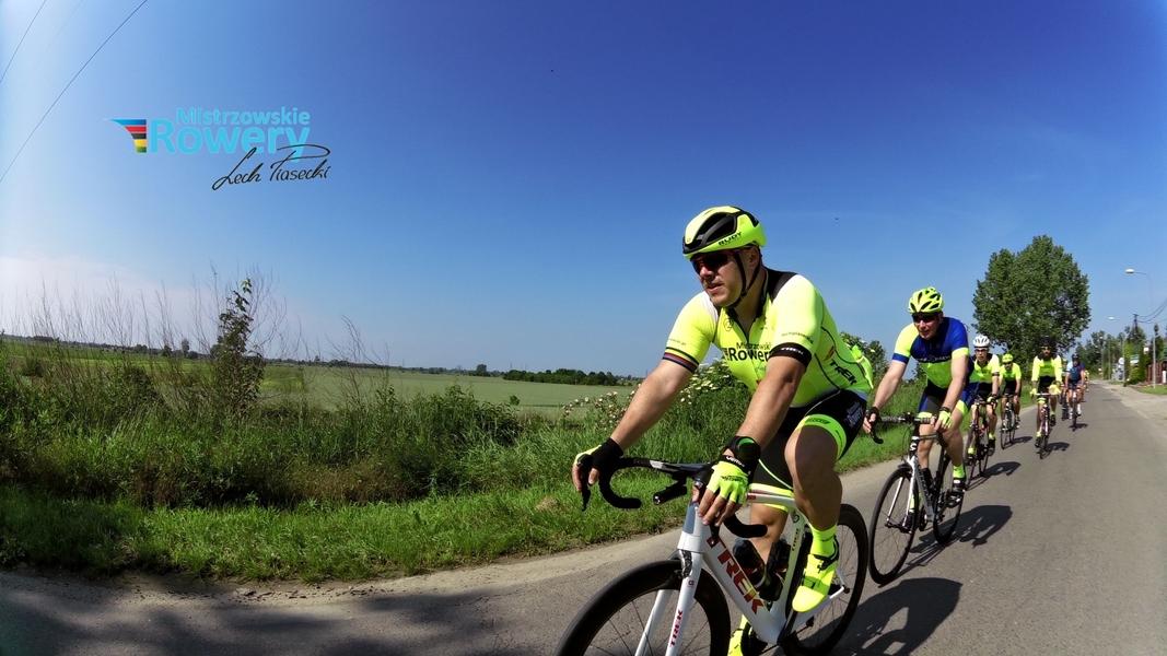 120 km pętla przy dobrej kolarskiej pogodzie – Mistrzowskie Rowery kręcą :)
